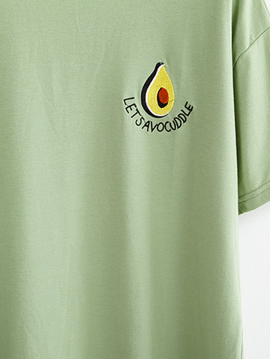 Avocuddle Tshirt Green